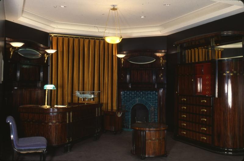 armoire biblioth que les arts d coratifs. Black Bedroom Furniture Sets. Home Design Ideas